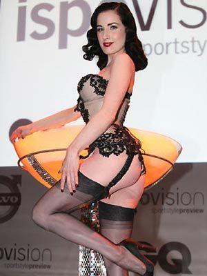 Striptiz starı Dita - 34